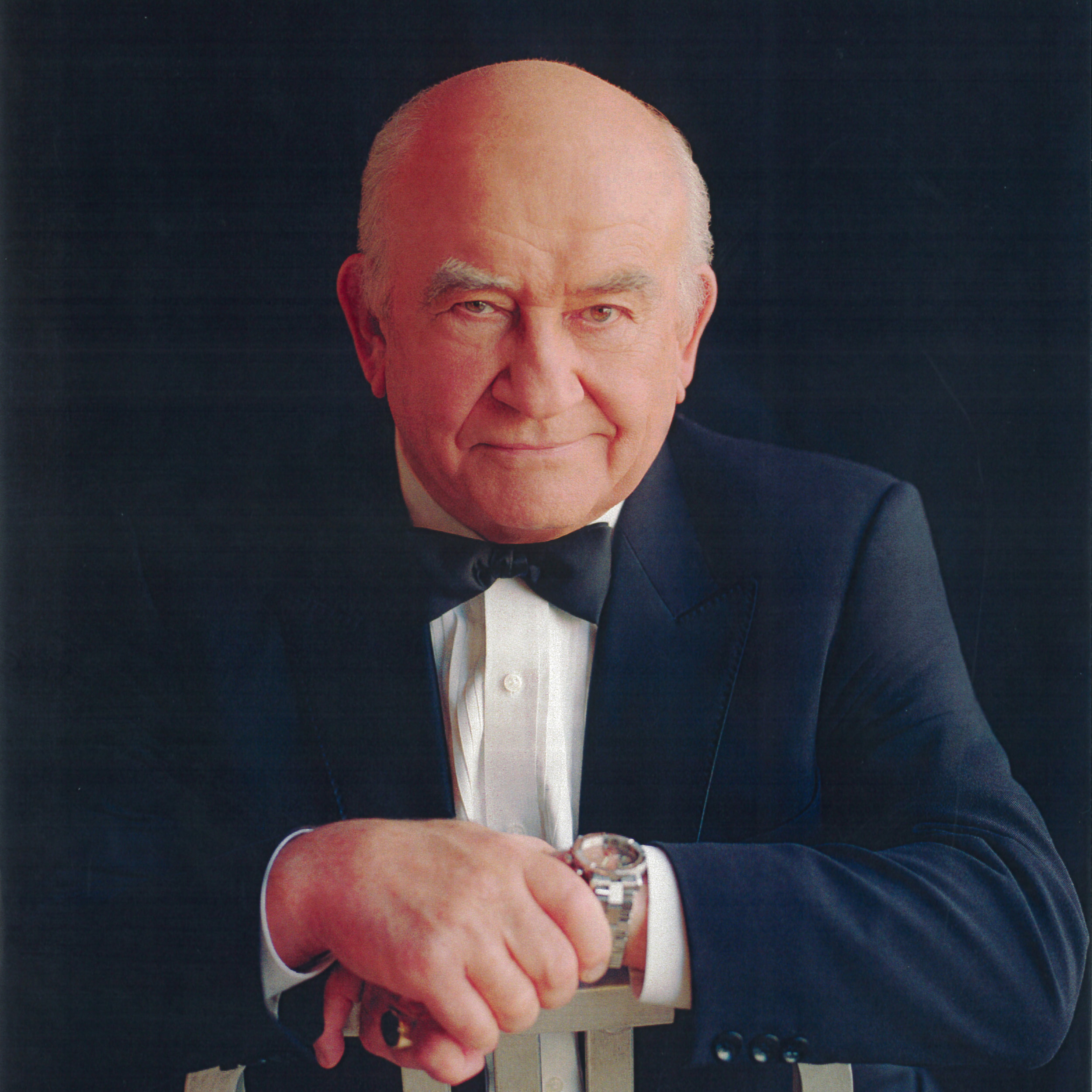 Ed Asner - 2017 Lifetime Achievement Award for Outstanding Contribution to Film/TVVersatile, committed, eloquent and talented are all adjectives that describe actor/activist and 8-Time Emmy Award-winning actor ED ASNER starred as Carl Fredricksen in Pixar's 2009 box-office-hit Oscar winning Best Picture UP!Read more...