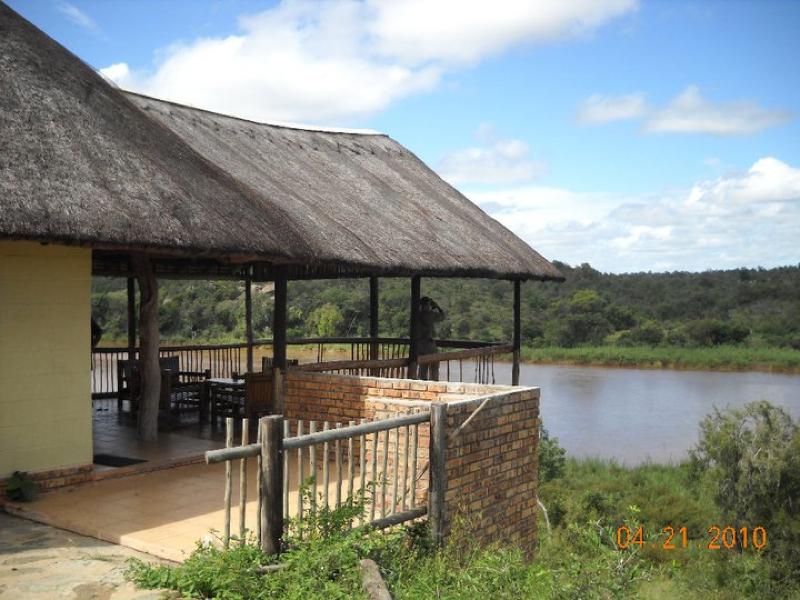 Hunt Sout Africa LetabaRiver11.jpg