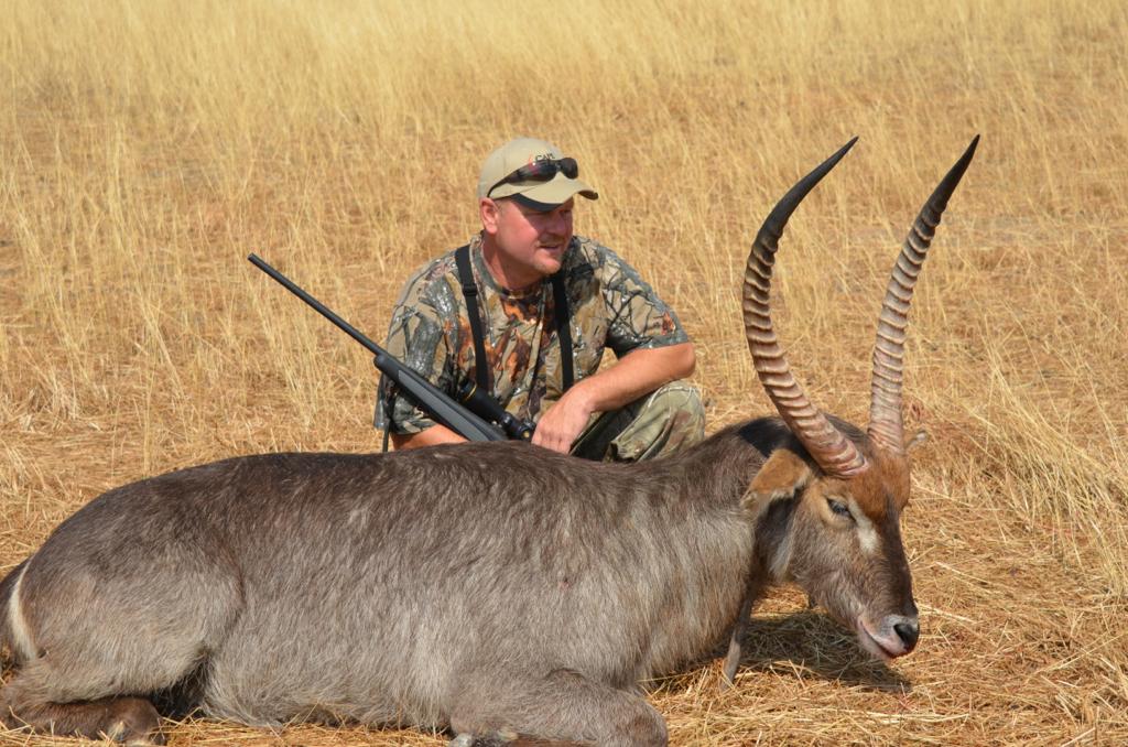 Waterbuck Hunt04.JPG