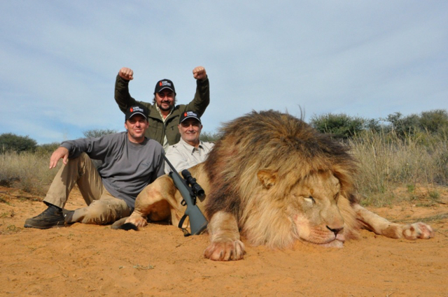hunt in africa- Dangerous game75.JPG