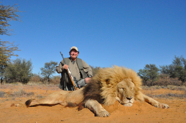 hunt in africa- Dangerous game66.JPG