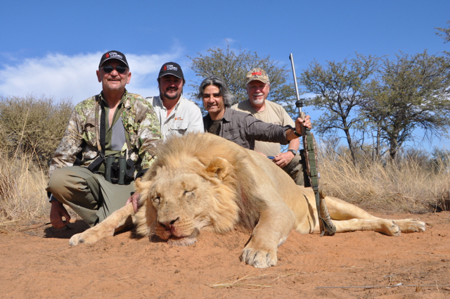 hunt in africa- Dangerous game46.JPG