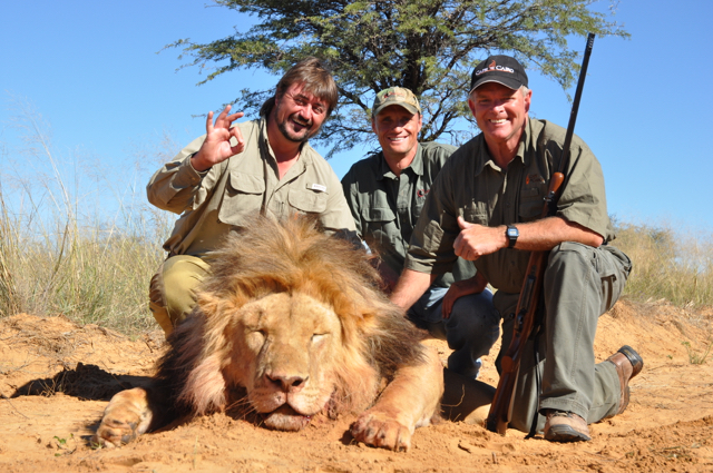 hunt in africa- Dangerous game25.JPG