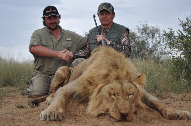 hunt in africa- Dangerous game19.jpg