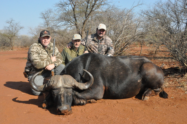 hunt in africa- Dangerous game13.JPG