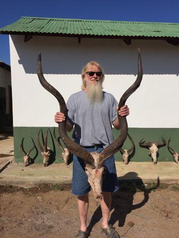 Hunt in Africa 10.jpg
