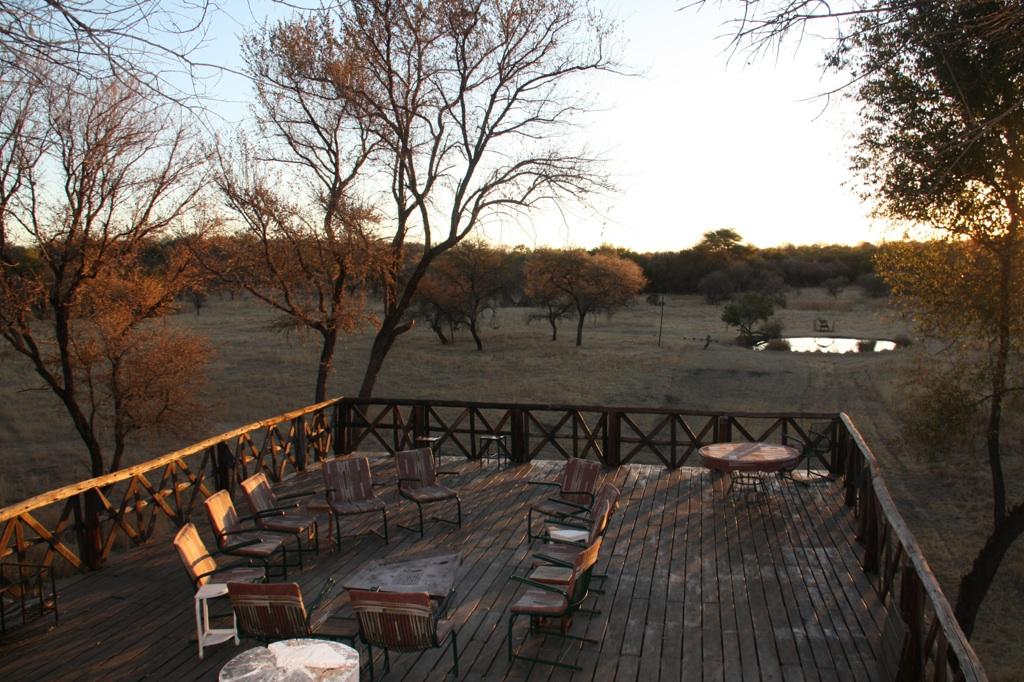 Hunt Zimbabwe South West103.JPG