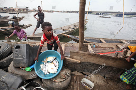 nigeria-society-fishing-feb-2015-shutterstock-editorial-7949869d.jpg