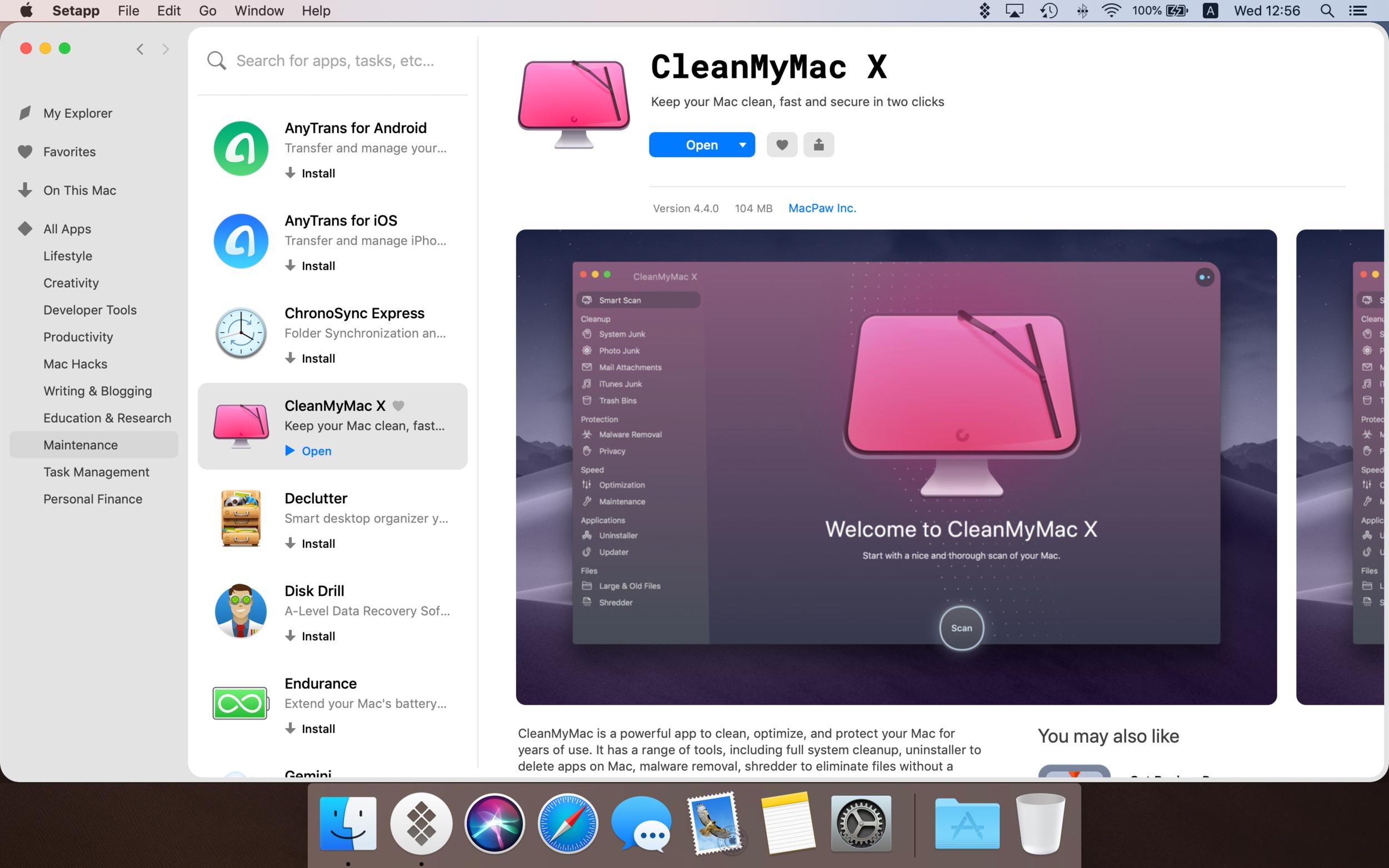 App full screen.png