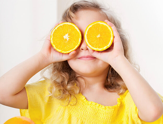 Vitamin C for babies by Sarah Almond Bushell - the Children's Nutritionist