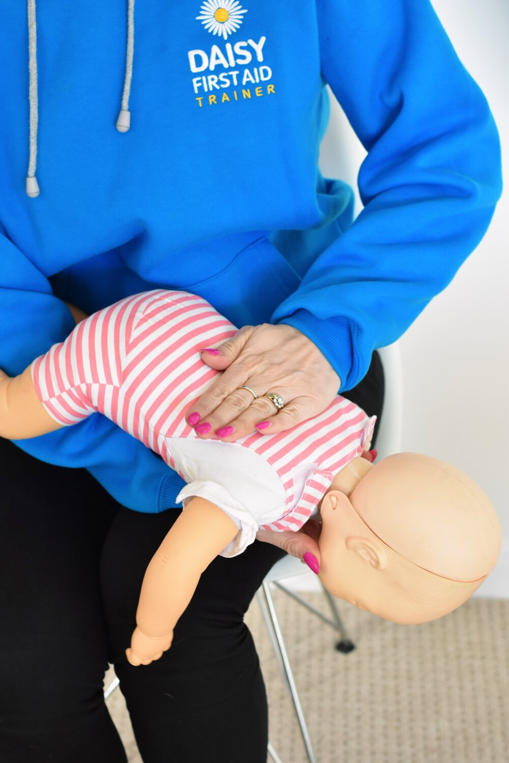 What should you do if the worst happens and your baby chokes? by Sarah Almond Bushell - the Children's Nutritionist