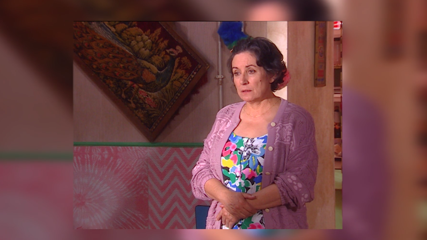 "Cuidado com as Aparências - [Careful with the Appearances]In this sitcom developed by Iniziomedia, the humor goes way beyond the appearances. ""Careful with the Appearances"" tells the story of Jacinta Bimbô, whose life is about planning initiatives that make her the focus of portuguese social life for her neighbours and her brother's, Artur, desperation."