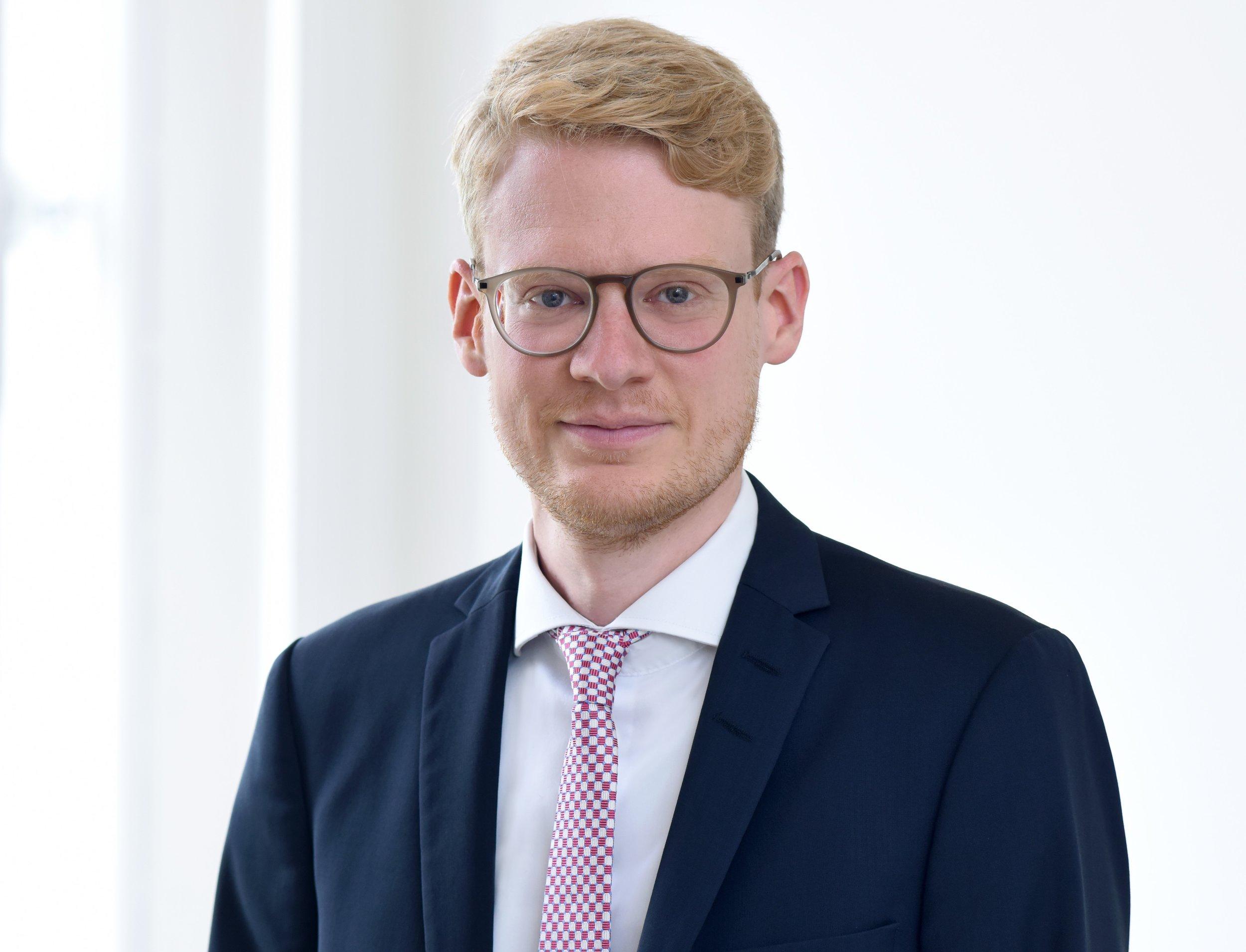 Dr. Roland Kühne  Lawyer  more