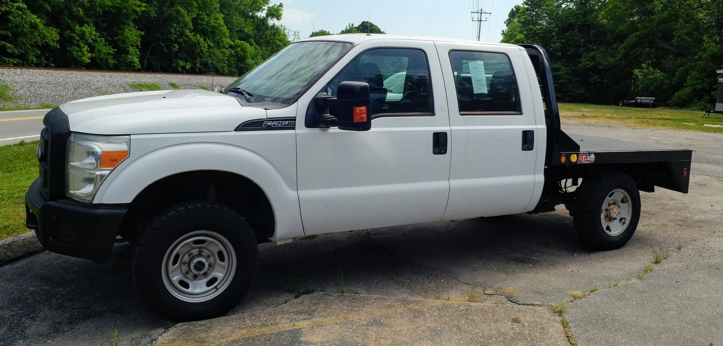 2014 Ford F250 Crew Cab - 91,411 miles - 4WD - Call for pricing!