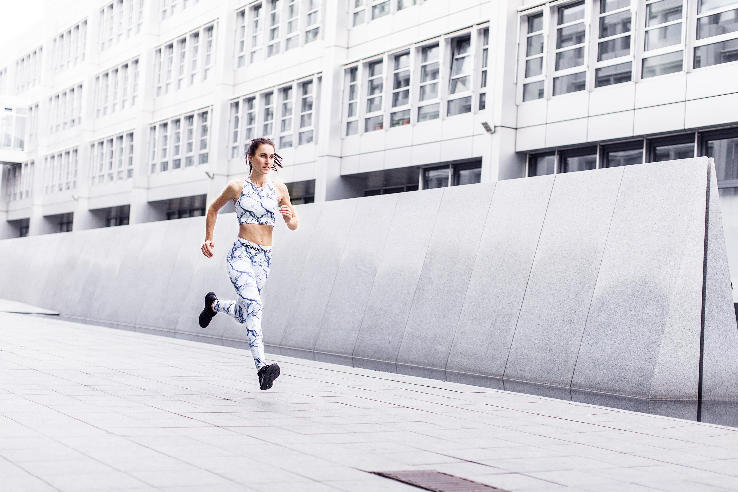 helgeroeske Urban Running Julia .jpg