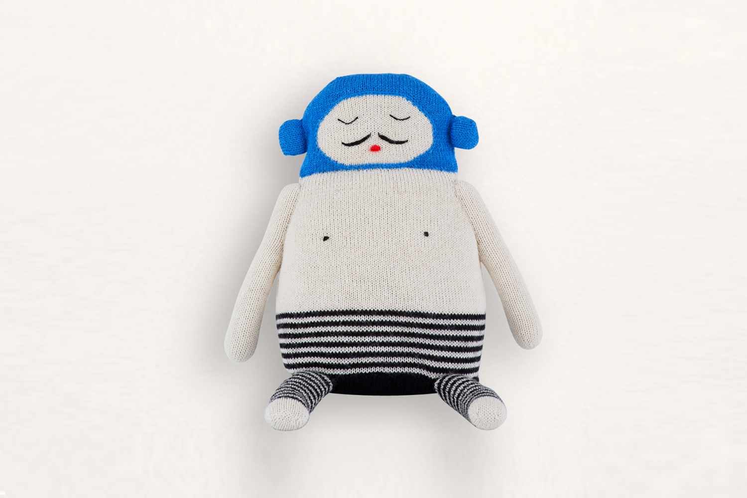 The charming, handmade Balthazar stuffed toy sold by  LUCKYBOYSUNDAY .