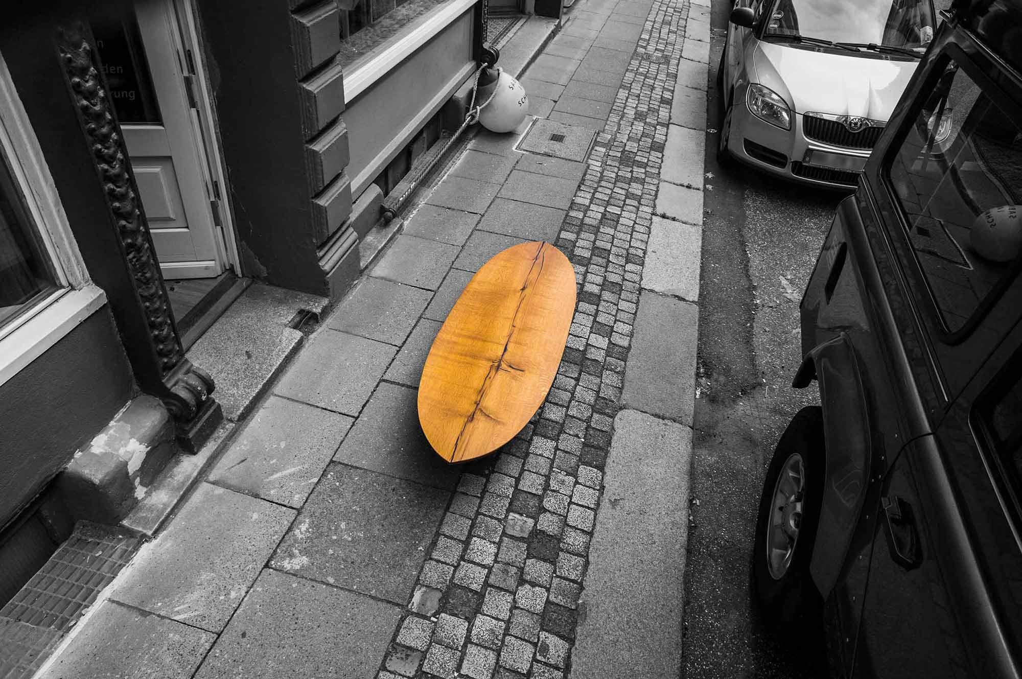 Tisch: Surf-Table; Konstantin Manufaktur