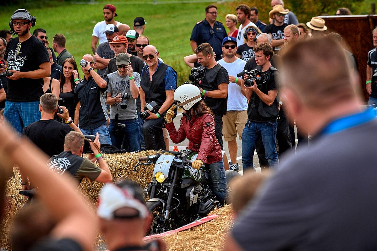 ©alschner-fotografie-motorräder-bike-motorcycle-picture-custombike-customizing-aktion-25.jpg