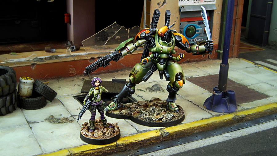 280710-0365-scarface-and-cordelia-mercenary-armored-team_1.jpg