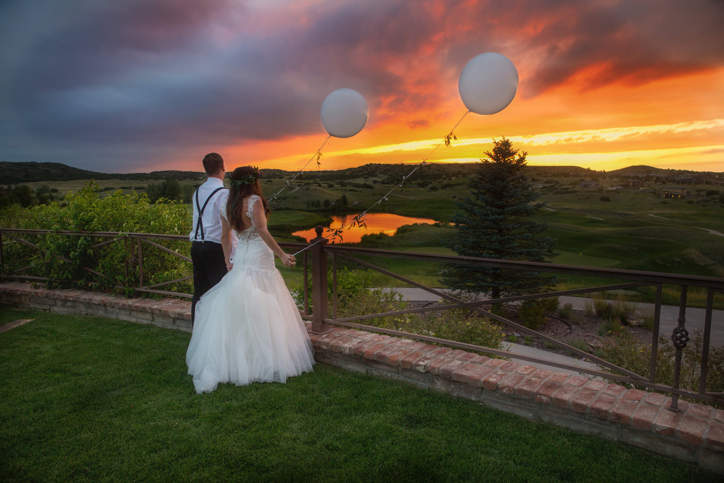 Colorado Sunsets are jaw-dropping to say the least, so let Soulshine Photography capture those moments so you can enjoy them for a lifetime!
