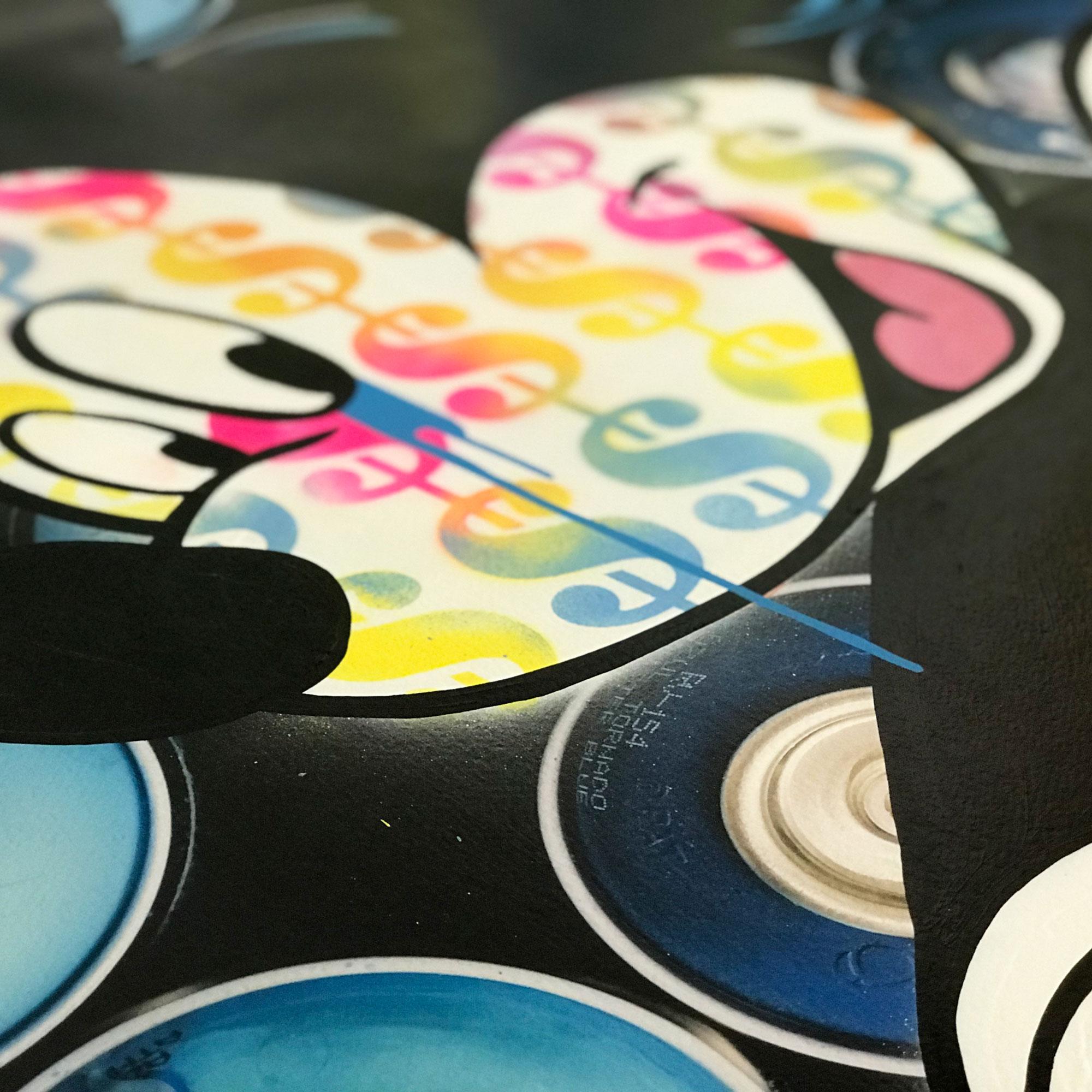 Mickey-Propaganda-Spray-Paint-Blue-Detail-01.jpg