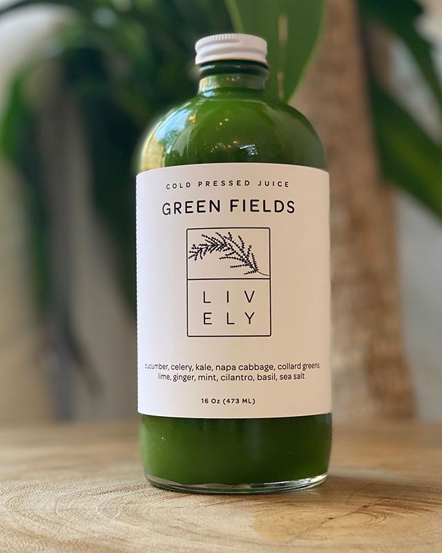 """Get your greens 🥬 with our newest juice! """"Green Fields"""" is a delicious mix of Cucumber, celery, kale, chinese cabbage, collard greens, lime, ginger, mint, cilantro, basil, sea salt - it's alittle more on the savory side, a perfect way to balance out a cleanse or have as a snack ❤️ #coldpressedjuice #healthyliving"""