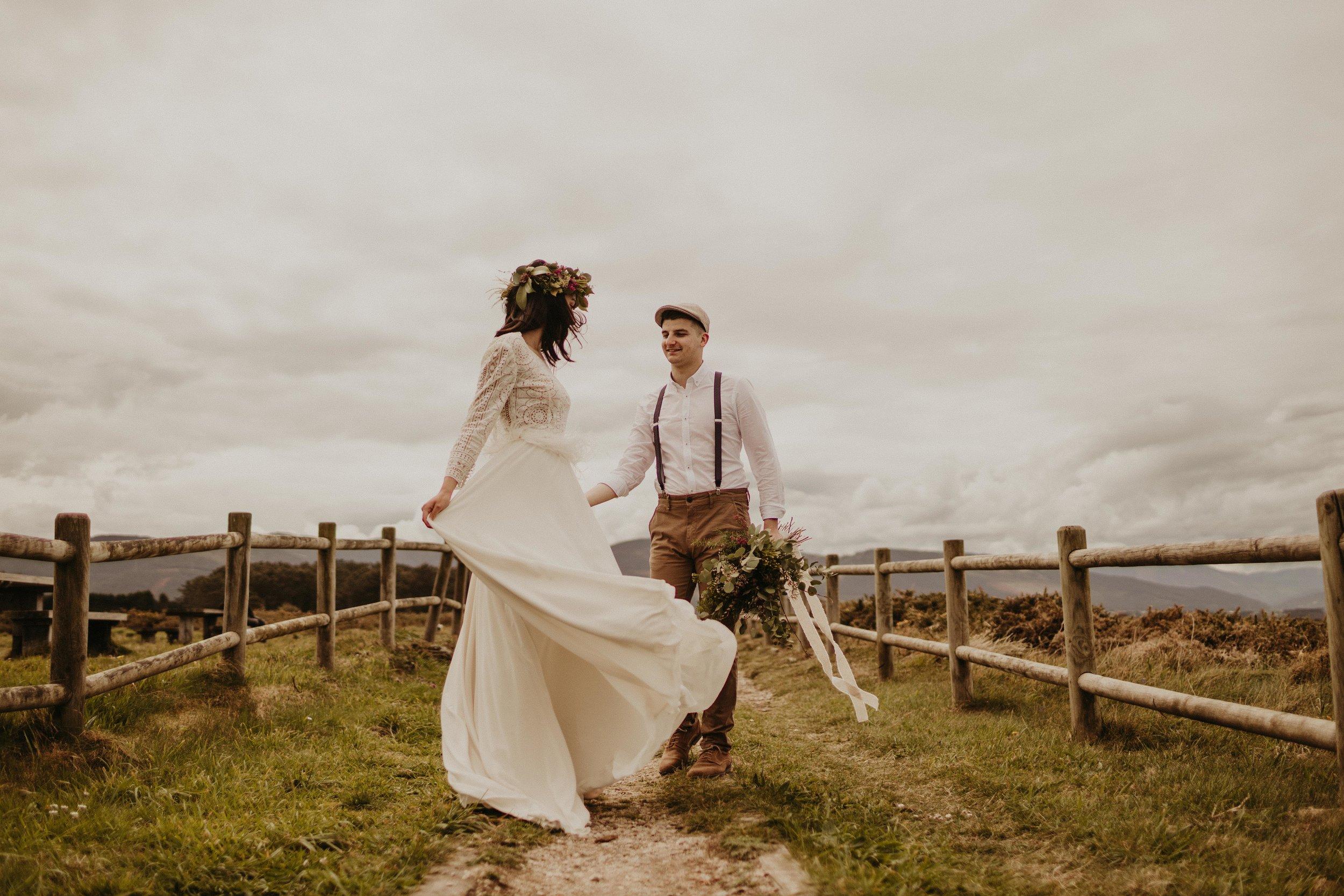 SARA & CRIS - RURAL WEDDING INSPIRATION -