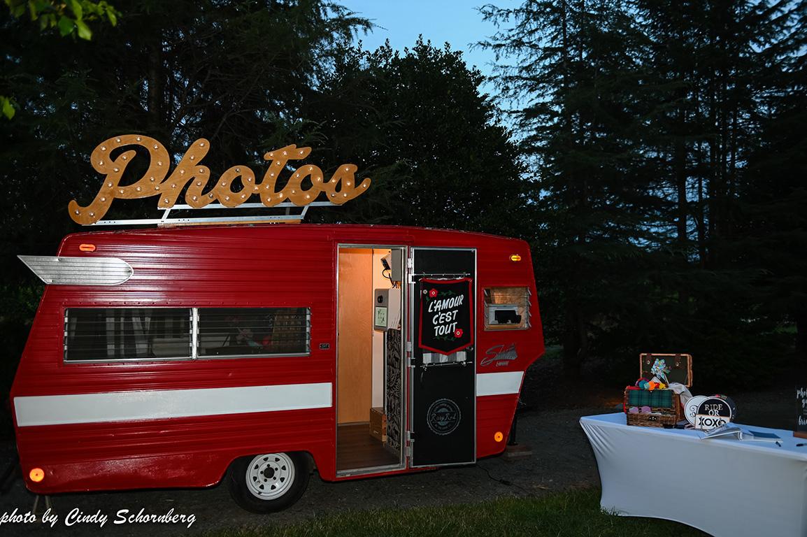 photobooth trailer.jpg