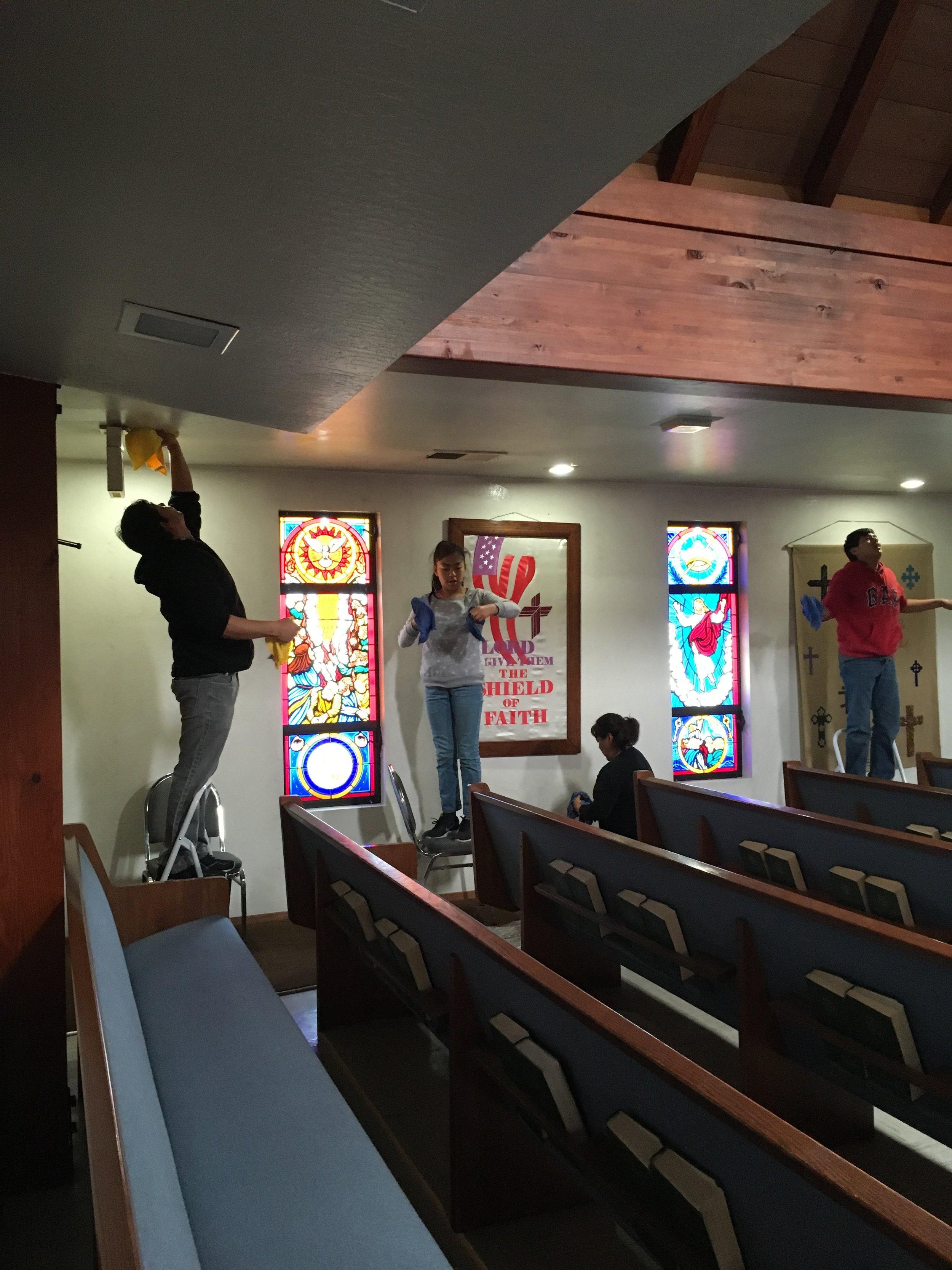 Iglesia Encuentro con Dios ayuda también