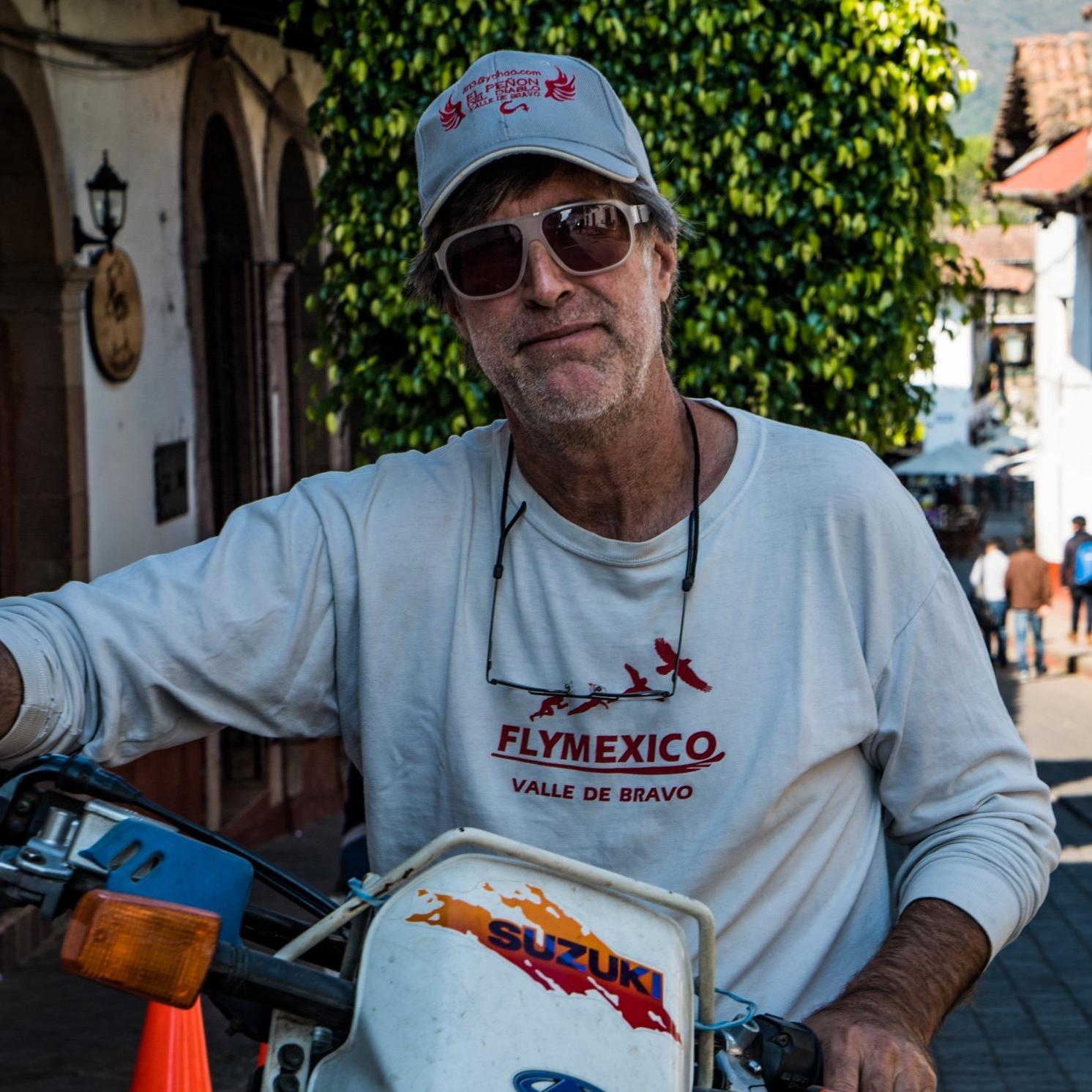 Jeff - Paraglider + Hang Glider