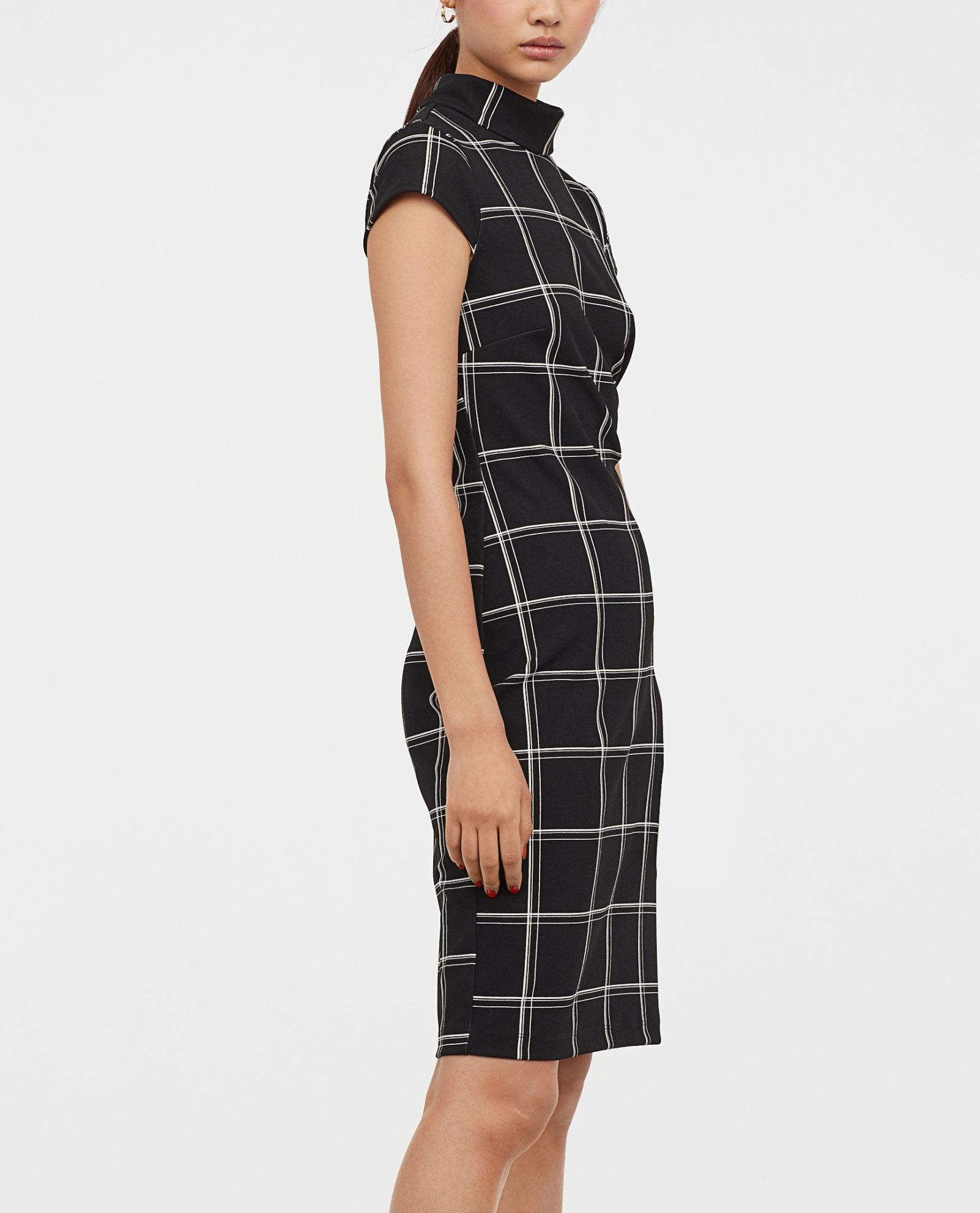 H&M Plaid Dress     $34.99