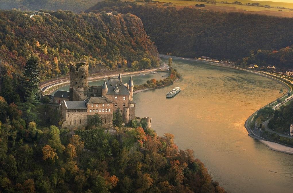 CC_Longships_Rhine_Katz_Castle_TYPE.jpg