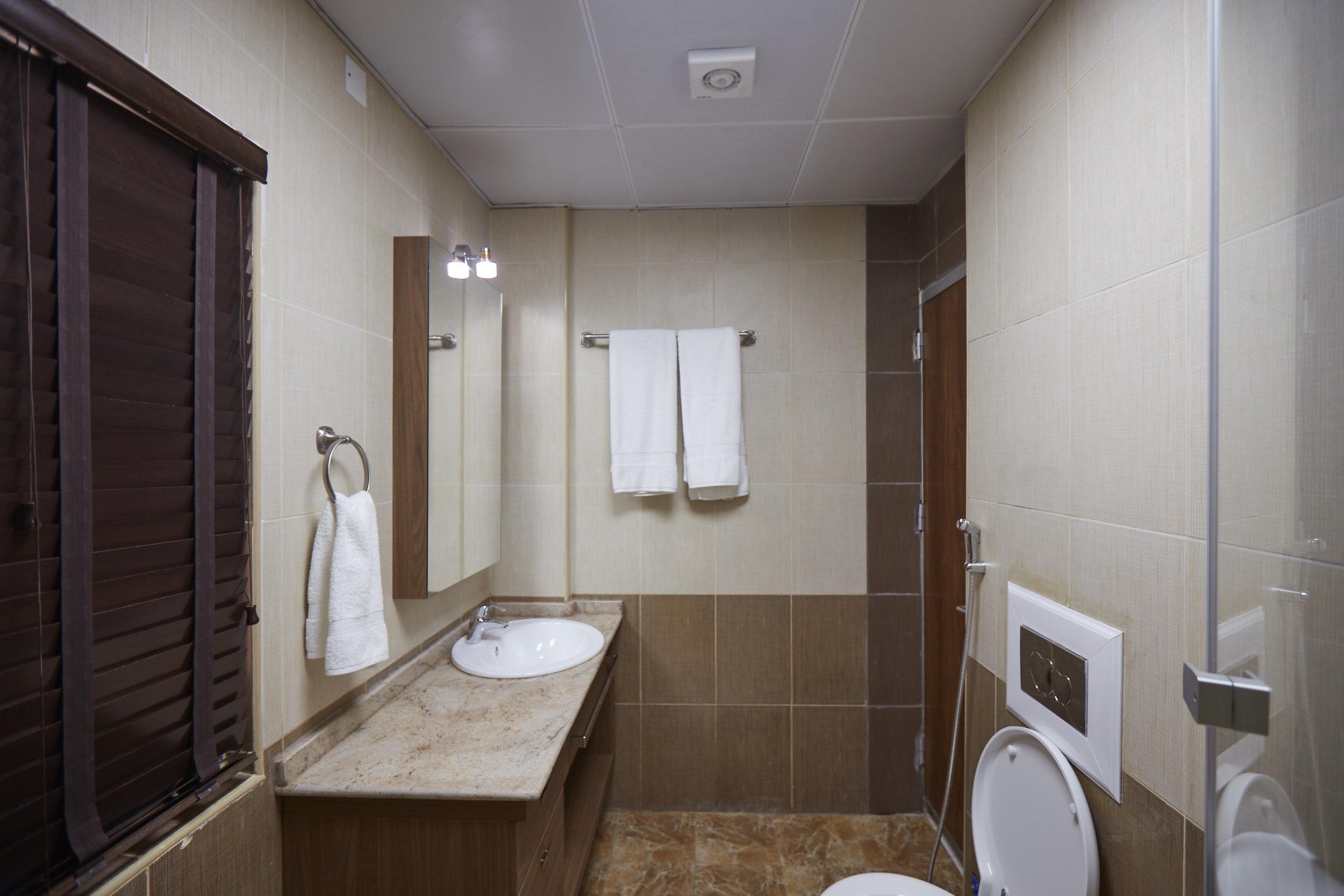 Bathroom Wide 1.jpg