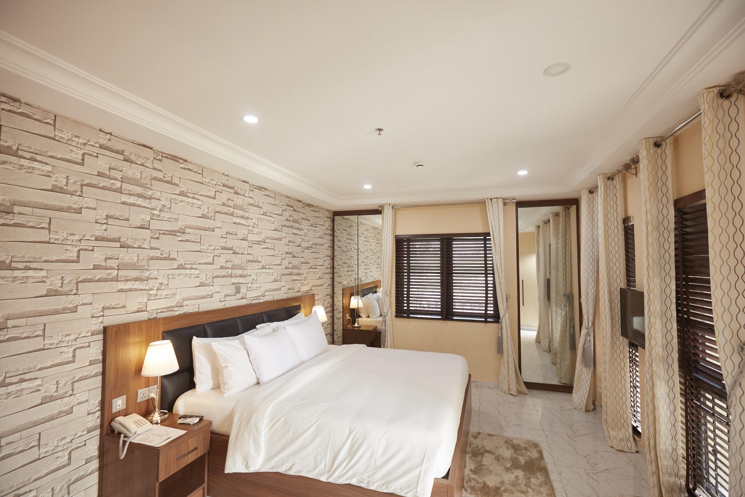 2 Bed Royale Bedroom 2.jpg