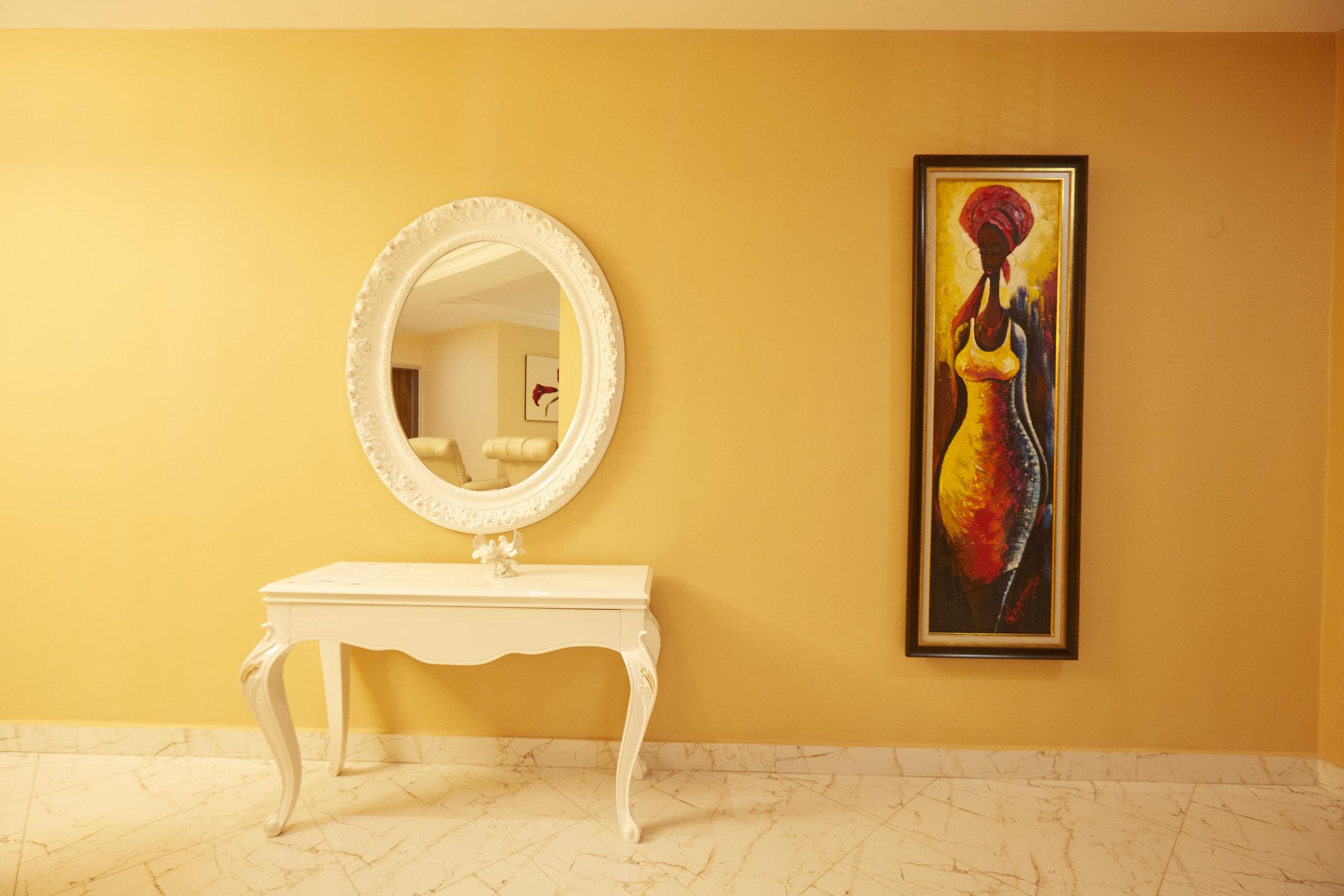 2 Bed Royale Hallway 2.jpg