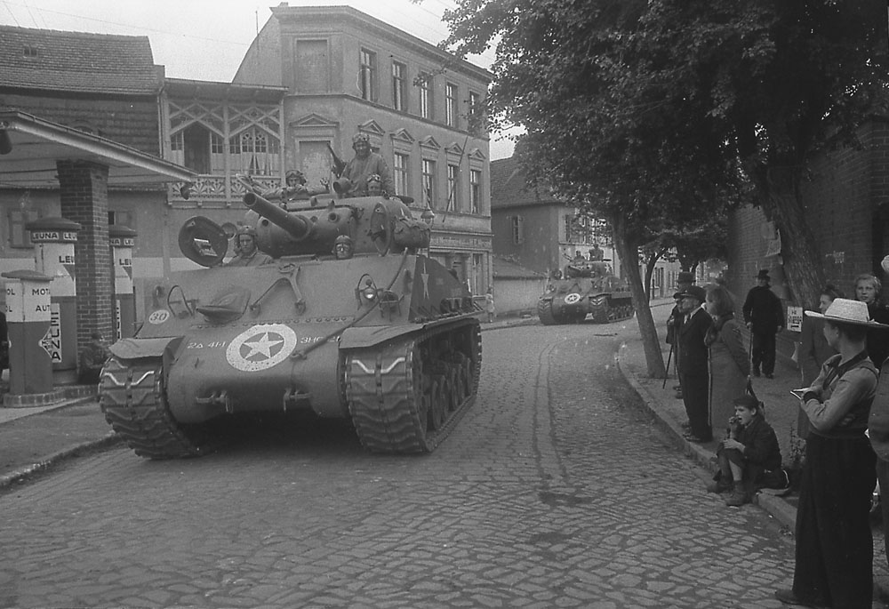 2nd Armored Division enters Berlin, Jul 1945.