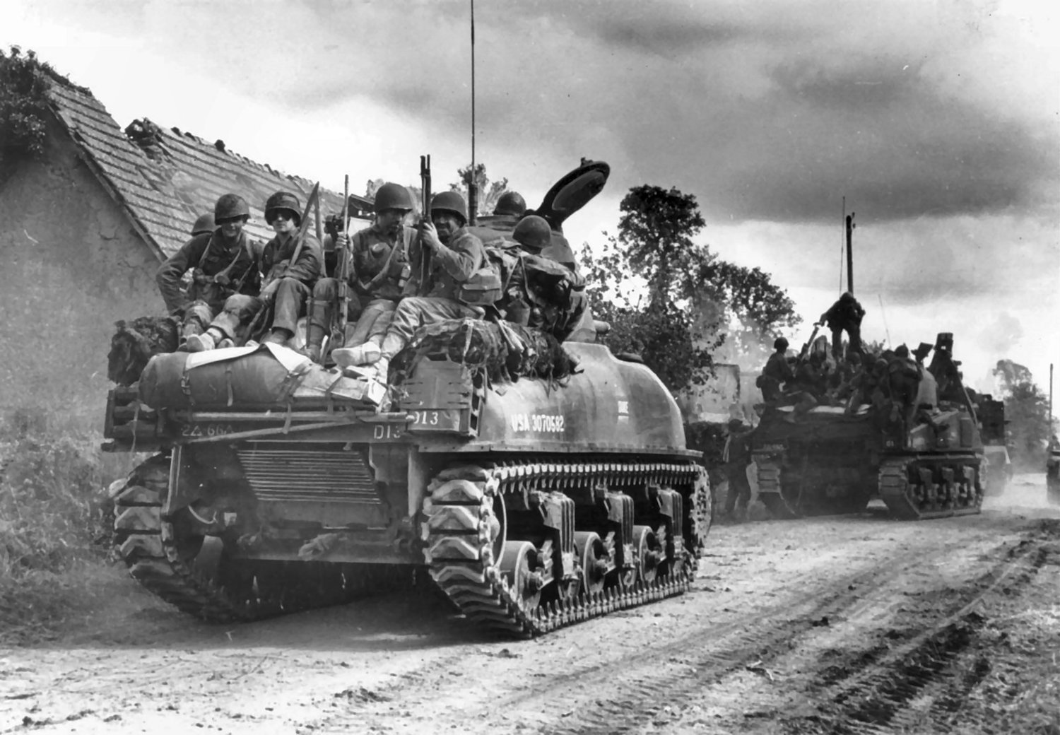 M4A1 (76) Sherman ''DUKE'' USA # 3070582 of the 66th Armored Regiment, Coutance, France, during Operation Cobra.