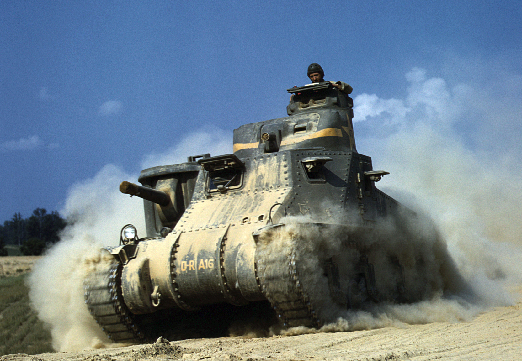 M3 Lee at Fort Knox, Jun 1942.