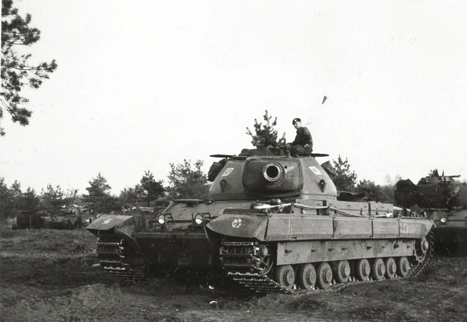 Conqueror MK.II of the 5th Royal Tank Regiment. Germany, circa 1960. National Army Museum photo 2003-03-618-4.