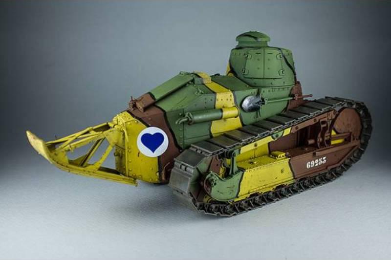 tko-16001-french-light-tank-renaulr-ft-wwi (6) - Copy.jpg
