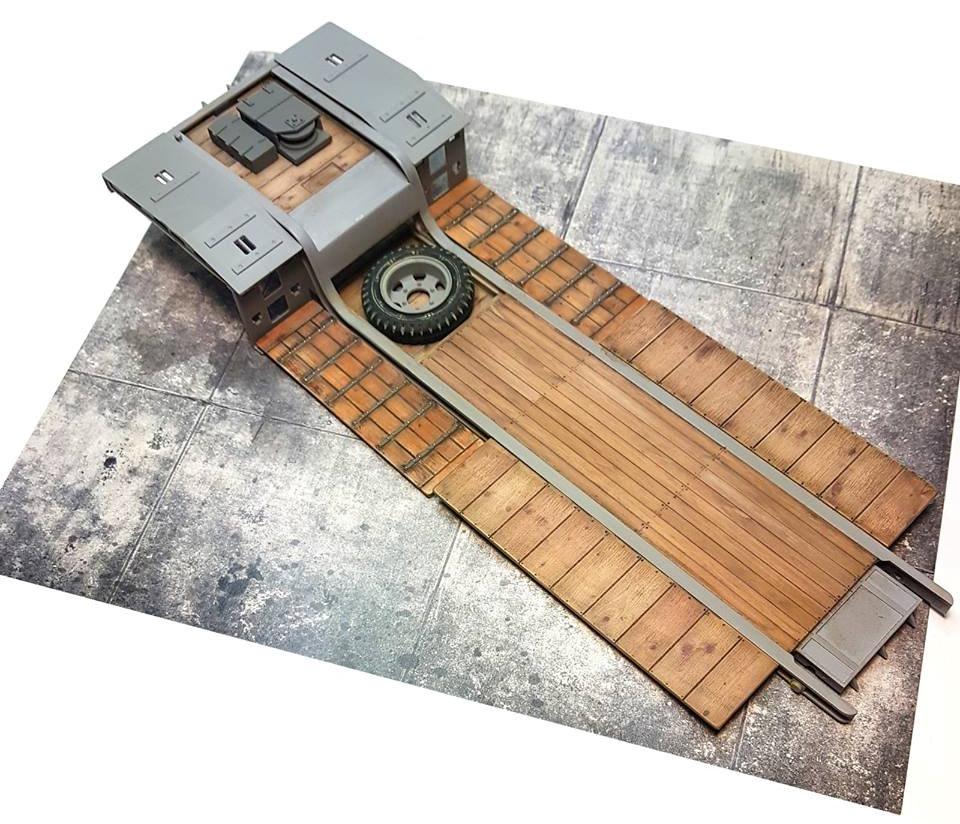 Das Werks Faun 900 trailer build (4).jpg