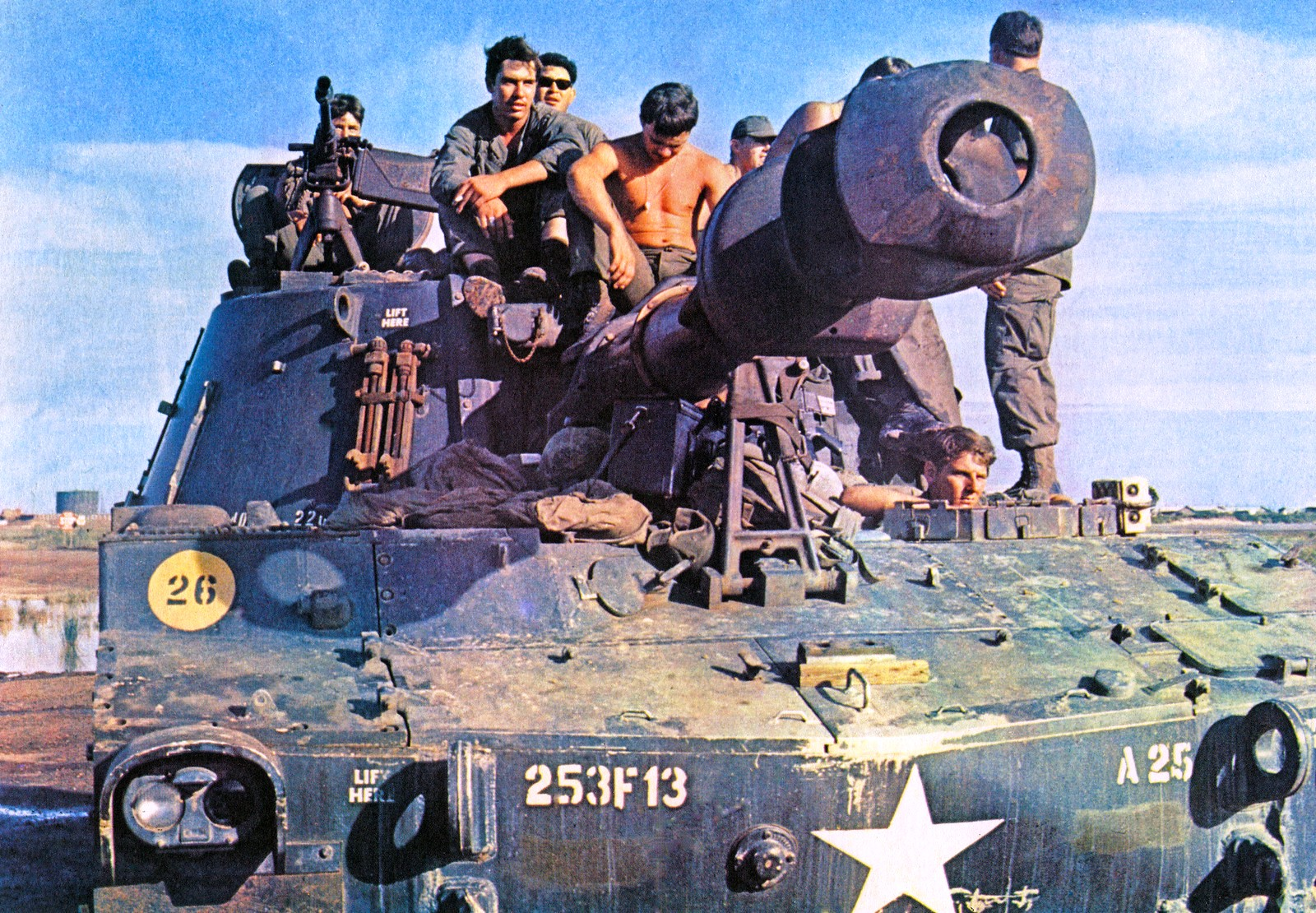 M109 SPH, BUMPER # A25, 3/13 FA, 25TH INF DIV, at Cu Chi base camp. 25TH INF DIV photo.