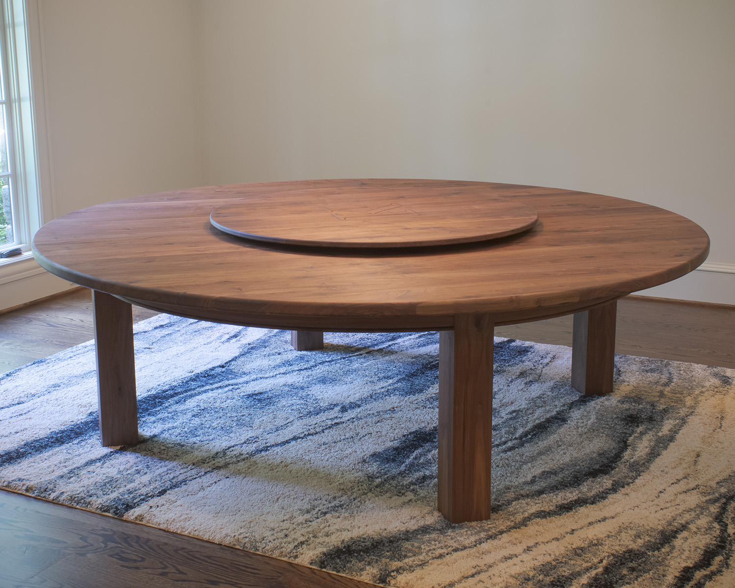 MODERN TABLES - Bring your ideas.