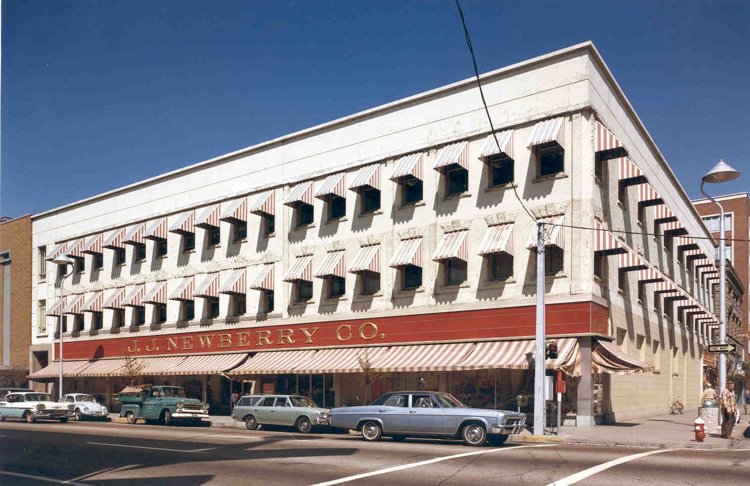 Sonna Building : 1952 -