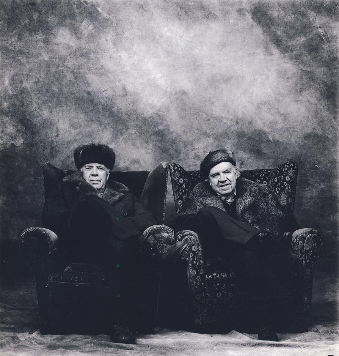 Lasse og Henki Kolstad, 1996. Foto: Morten Krogvold. Bildet er med i boken  100 portretter fra slutten av de første 100 år , utgitt av Norsk filminstitutt