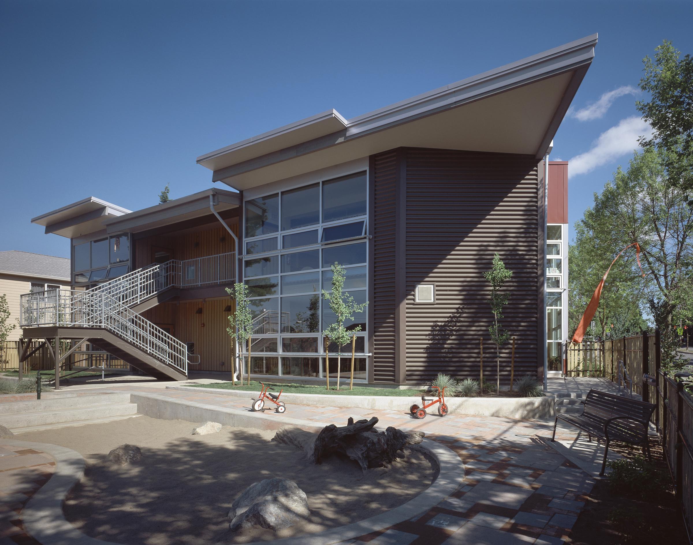 - Client: Catholic Community Services of Western WashingtonLocation: Seattle, WashingtonCompletion: 2004Project Size: 9,850 SF
