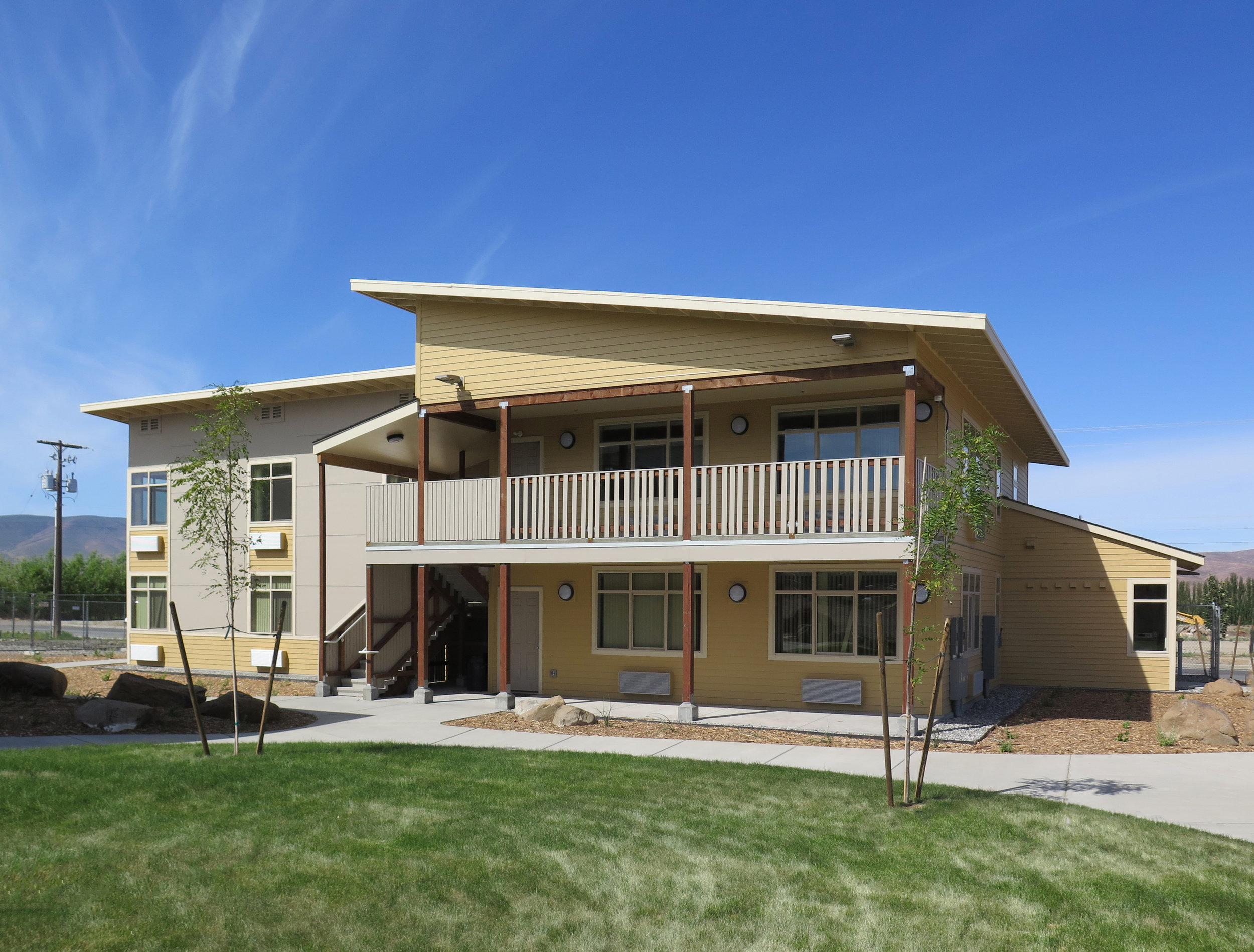 - Client: Washington Growers LeagueLocation: Mattawa, WACompletion: Phase 1-2018Project Size: 4 Building, 7-Unit Housing Development, Offices, Common Areas
