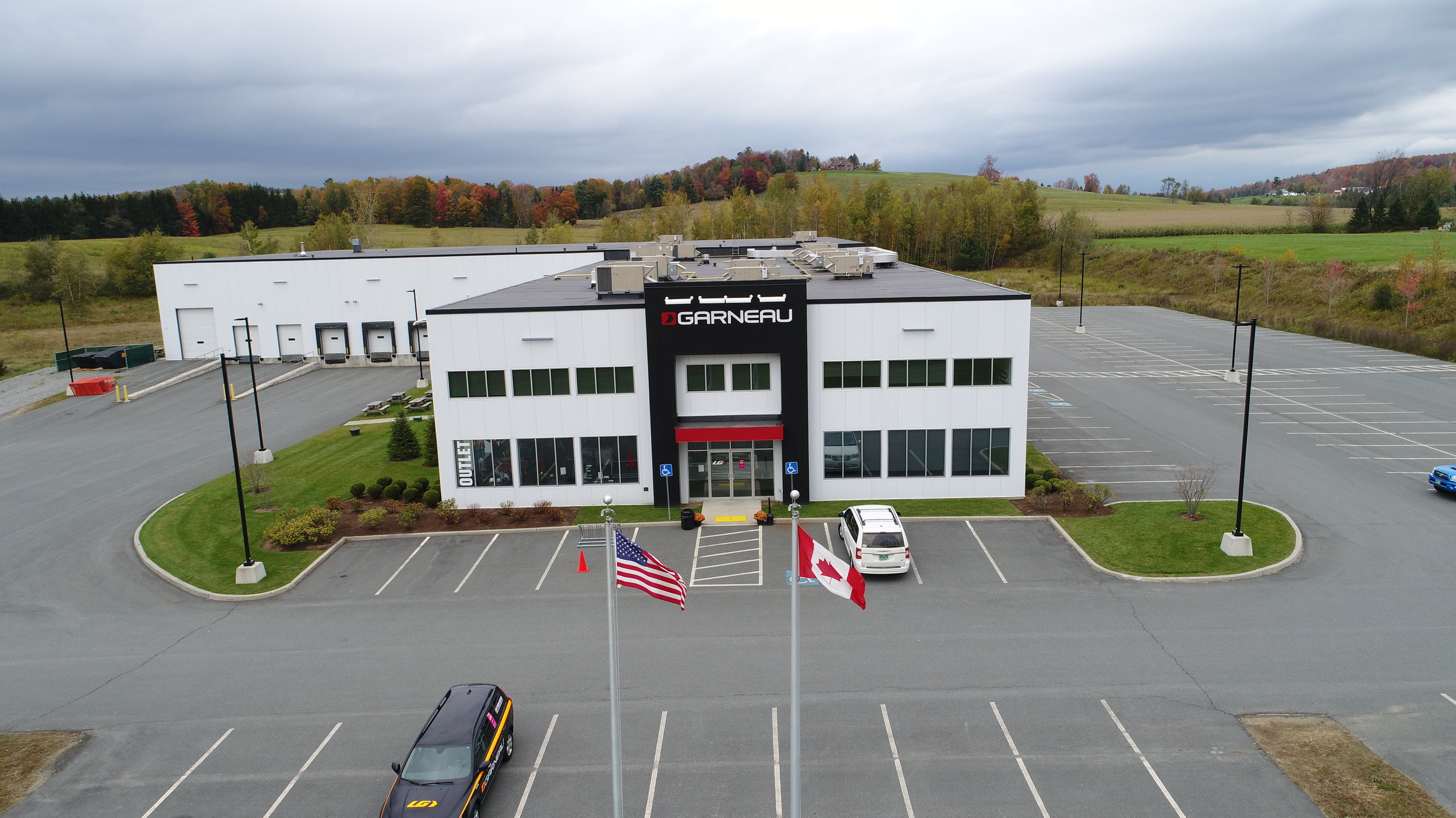 Louis Garneau Warehouse