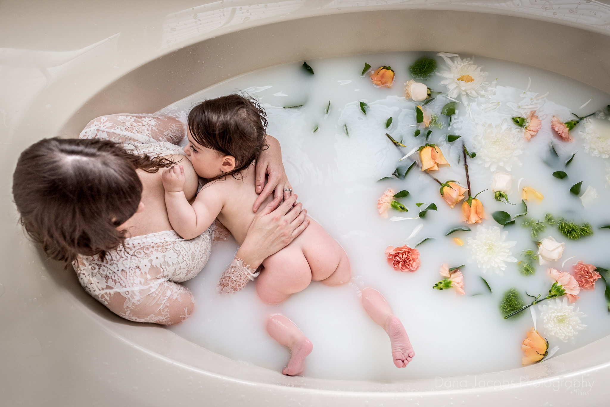 Dana-Jacobs-Photography-Milk-bath-session-St-Louis-5-8109.JPG