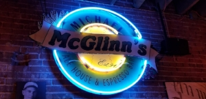 McGlinns - downtown Wenatchee.  - Fresh salads and amazing woodfire pizzas.  Also a great selection of local beer, wine and cider.